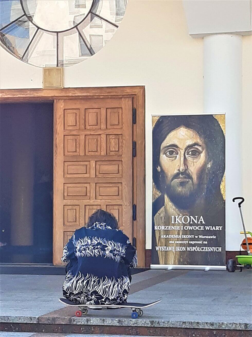 Akademia Ikony w Warszawie - wystawa ikon w kościele przy Bażantarni